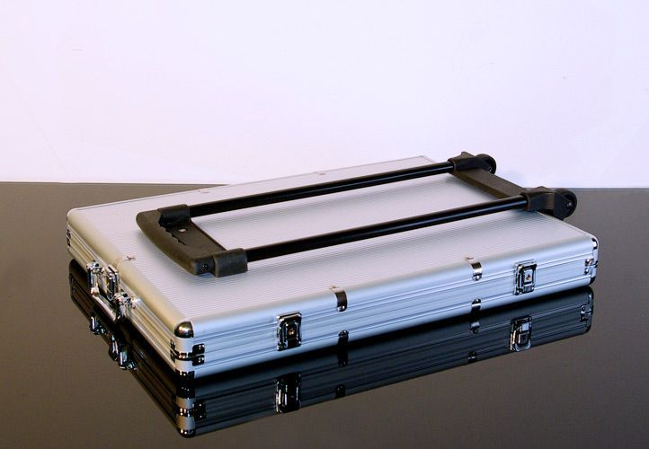 Hliníkový kufr na 1000 ks žetonů s příslušenstvím Trolley
